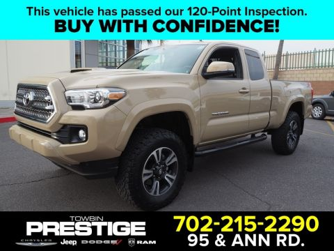 Pre-Owned 2017 TOYOTA TACOMA TRD SPORT ACCESS CAB 6' BED V6 4X4 AT